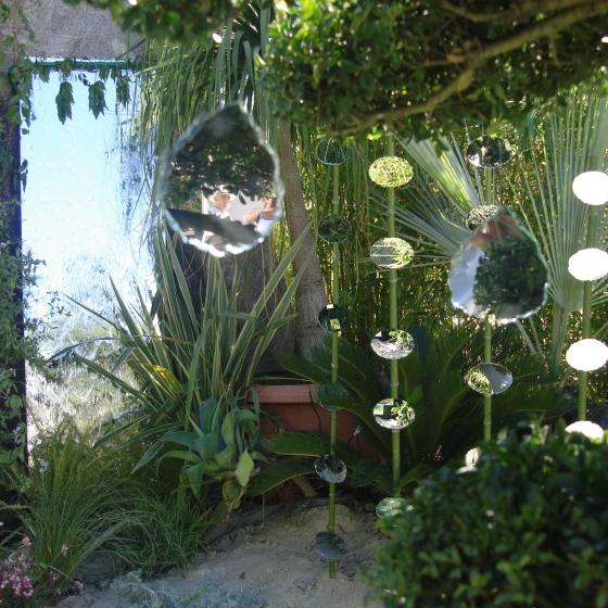 Décor dans un jardin à Saint Tropez