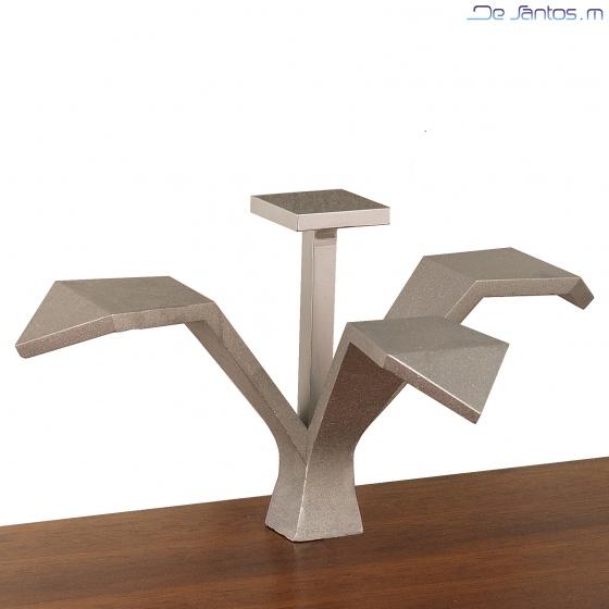 mobilier d'art Paris à Monaco du Designer Francais Mickael de Santos,meubles design,miroirs aux formes changeantes,nouveauté mondiale en vente sur Paris,parfaits pour décorer votre appartement